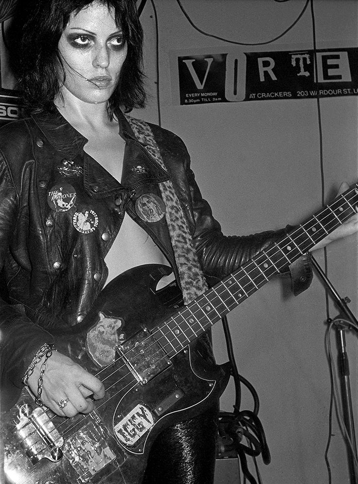 Gaye Advert of The Adverts (photographer derek ridgers talks punk then and now | Punk London 1977)