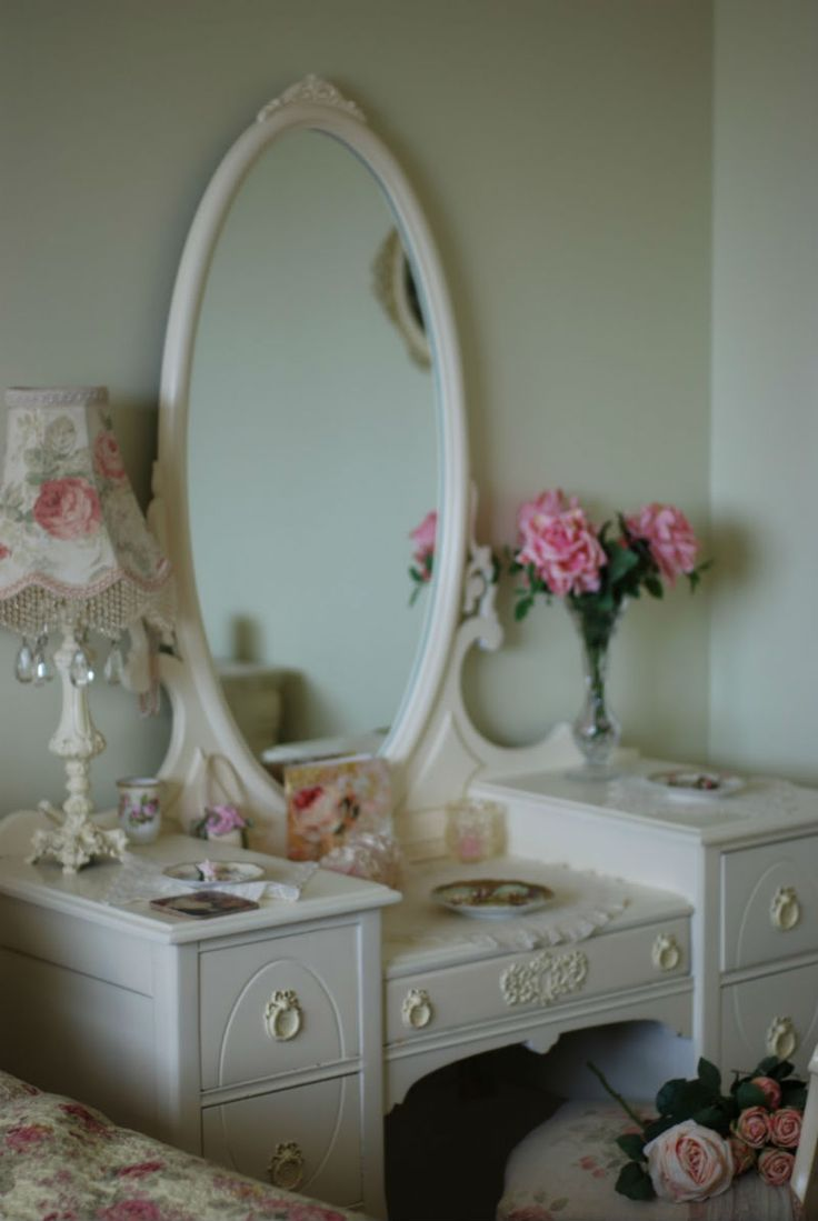 34 best espejos images on pinterest mirrors mirror and beautiful looking for the perfect vanity geotapseo Choice Image