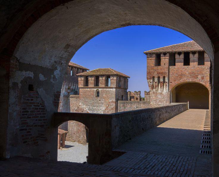 Soncino Castle by Dario Deb on 500px