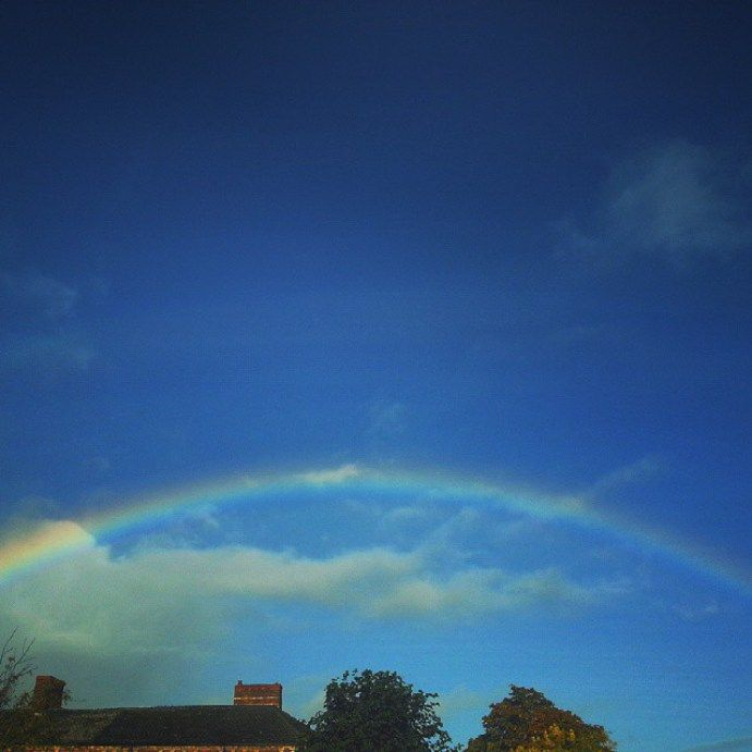 Today's #rainbow … #sky #wales #newtown #powys #newtownpowys #linandara_sky #радуга #небо #сегодня - LinanDara's Art-n-Folk