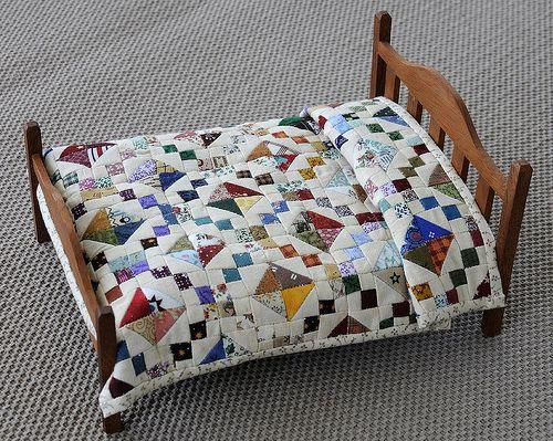 Jewel Box miniature quilt