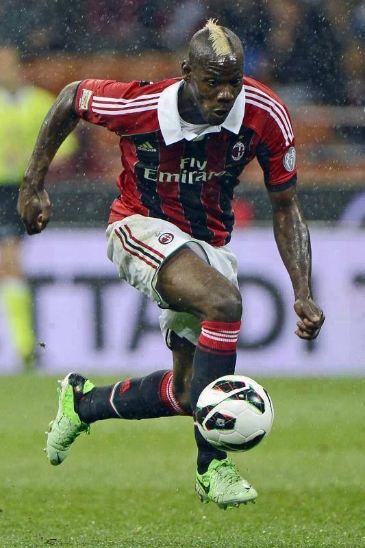 Mario Barwuah BALOTELLI; 2006–2007Lumezzane ITA, 2007–2010 Inter ITA, 2010–2013Manchester City ENG, 2013–2014 MILAN, 2014–Liverpool ENG, 2015– loan MILAN