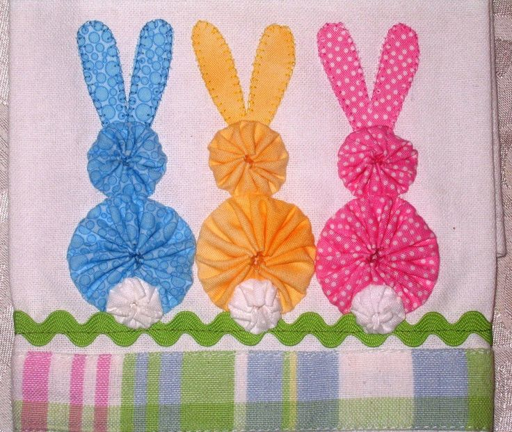 Three Little Bunnies Tea Towel...cute and simple made with yo-yos.