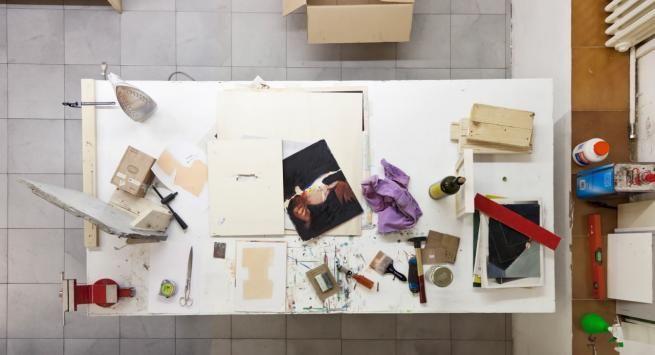 Vedovamazzei | Roberto Marone, Fotografia di Giovanna Silva #vedovamazzei #tavoli #00doppiozero #sostieni00 #arte #cultura #giovannasilva #fotografia #studio