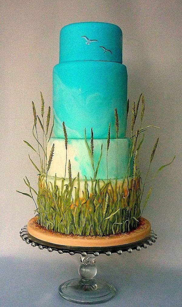Field and sky wedding cake
