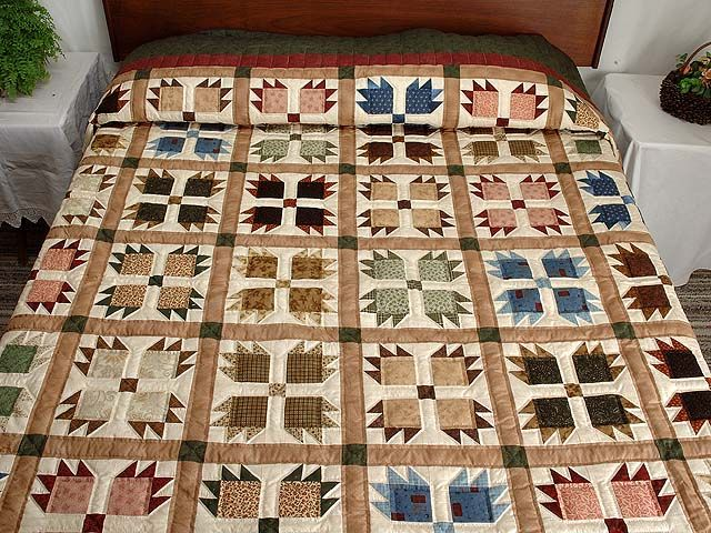 Green Burgundy and Multicolor Bears Paw Quilt Photo 1
