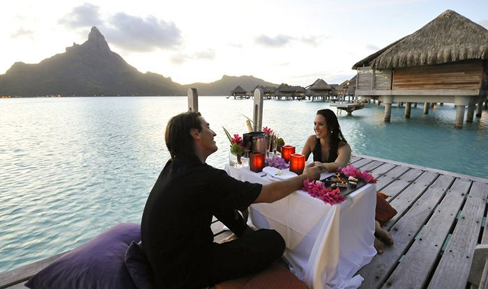 Romantic private dinner at InterContinental Bora Bora Resort & Thalasso Spa