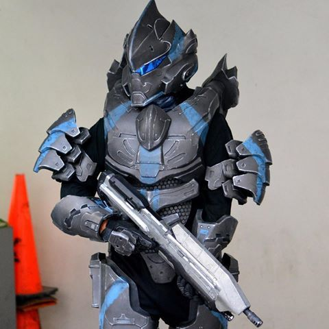 I've come to the conclusion that I will not be able to complete my Halo 5 Noble suit in time for Megacon so looks like I will be wearing my old Halo 4 Hayabusa concept armor for the con, should have the Noble suit ready for DragonCon this year #halo #haloarmor #halocosplay #halocostume #halohayabusa #prop #evafoam #evafoamarmor #405th
