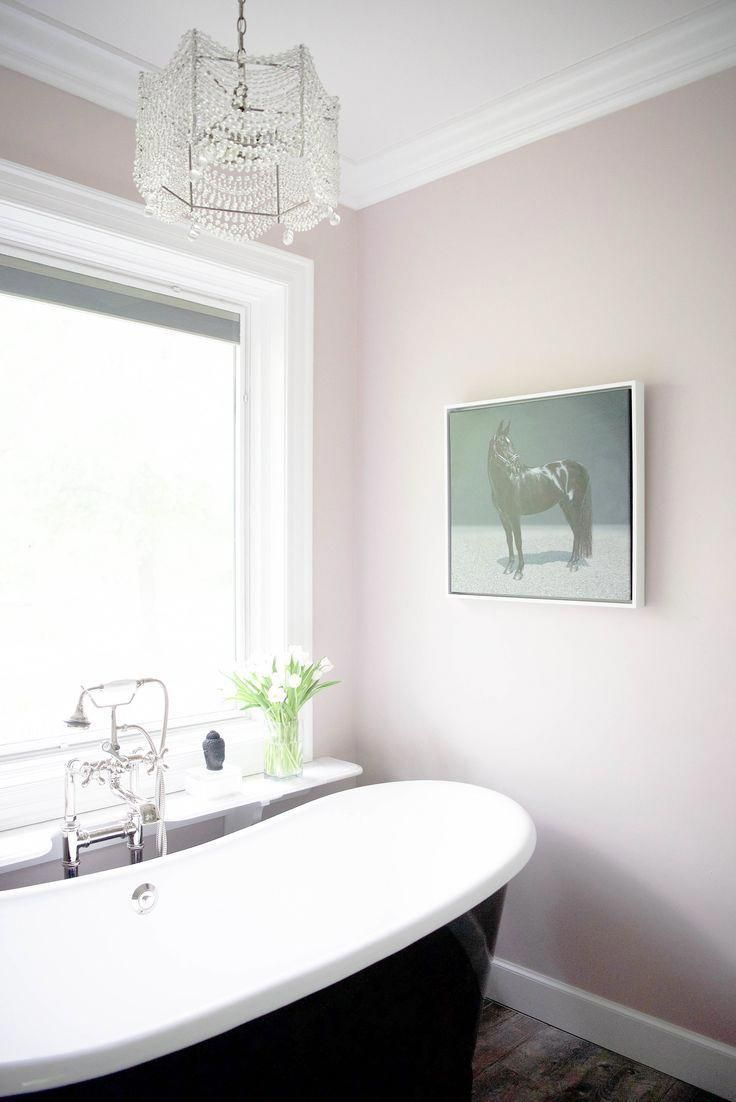 Glam Bathroom Design With A White Pale Pink And Black Color Palette And A Crystal Chandelier Over Th Pink Master Bathroom Light Pink Walls Diy Bathroom Decor