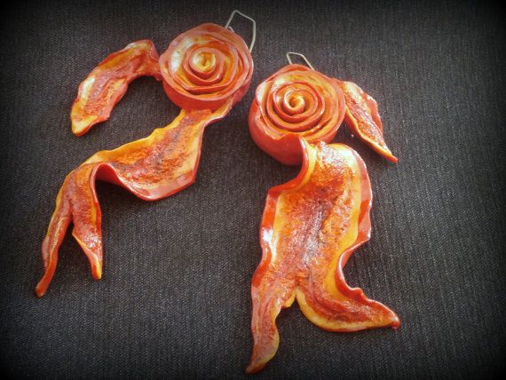 """<Polymer clay flame/lava earrings> Wanted to work with colour and 3D forms -some of the less explored areas for me. Experimented with skinner blend and stacked layers to get the desired look for the central part. Added """"branches"""" and baked again. Made """"grout"""" with liquid and raw PC. Followed tutorial (https://www.youtube.com/watch?v=4X9pCeZQxug) but couldn't make folds, just texture."""