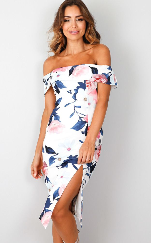 This floral, off the shoulder, split dress is perfect for any occasion. Pair it with strappy heels and a baby pink lip to ensure the dress steals the show