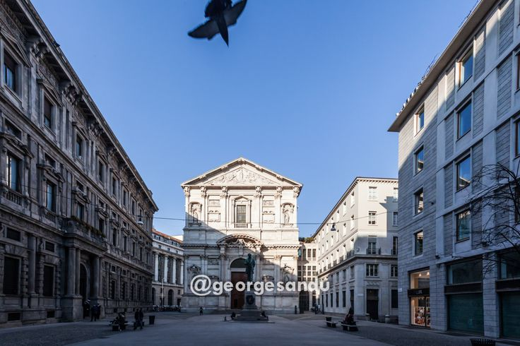 Piazza San Fedele Milano