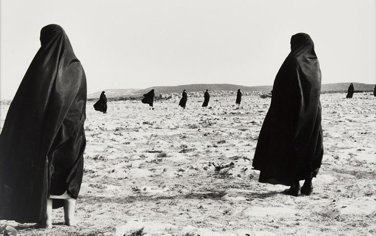 "Shirin Neshat. Serie ""Éxtasis""  Courtesy of PhotoEspaña / stylefeelfree.com"