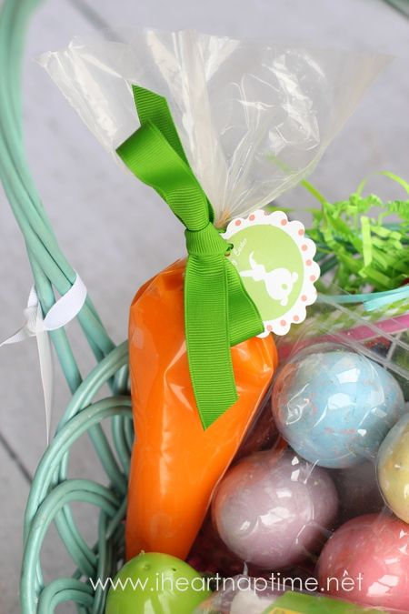 Playdough carrots!: Easter Tags, Plays Dough, Easter Gifts, Diy Craft, Frostings Bags, Playdough Carrots, Play Dough, Sticks Plays, Easter Baskets Ideas