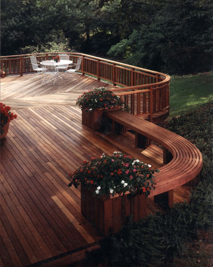 Cedar deck bench planter woodworking projects plans for Small deck seating ideas