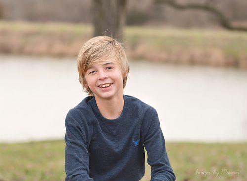 Teenage boy poses | Teen boy photography | Senior photography ideas for guys