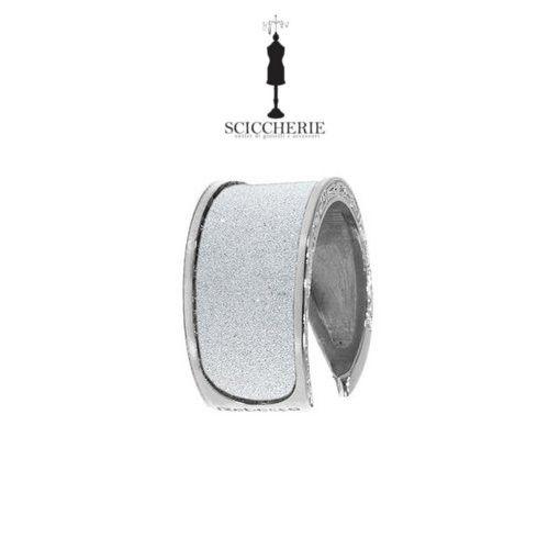 Anello Rebecca Gioielli collezione Half Moon in bronzo bagno oro bianco e glam film. #rings #sciccherie #jewels #Rebeccagioielli