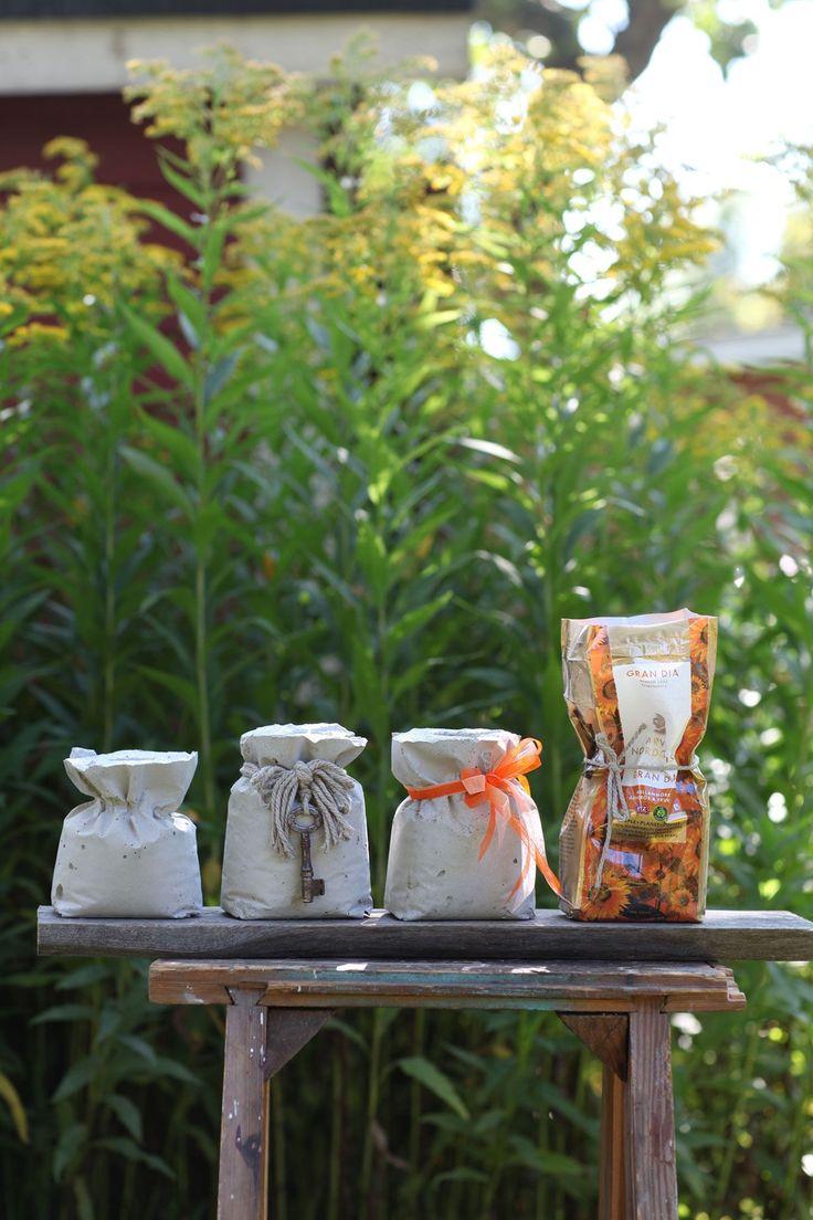 Helppoa, nopeaa ja inspiroivaa. Betonista saat kauniita ja hauskoja esineitä kotiin, puutarhaan ja lahjaksi. Työvälineet ovat yksinkertaisia, ja...