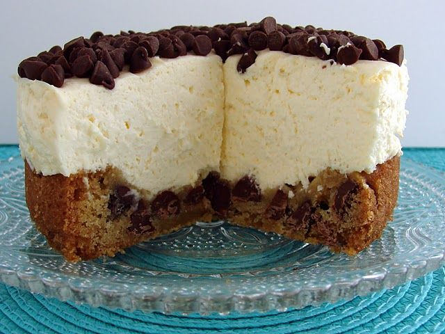Classic No Bake Cheesecake on Chocolate Chip Cookie Crust: No Baking Cheesecake, Chocolate Chips, Cookies Cheesecake, Chocolates Chips Cookies, Cookie Cheesecake, Chocolate Chip Cookie, Cheesecake Recipe, Chips Cheesecake, Crusts