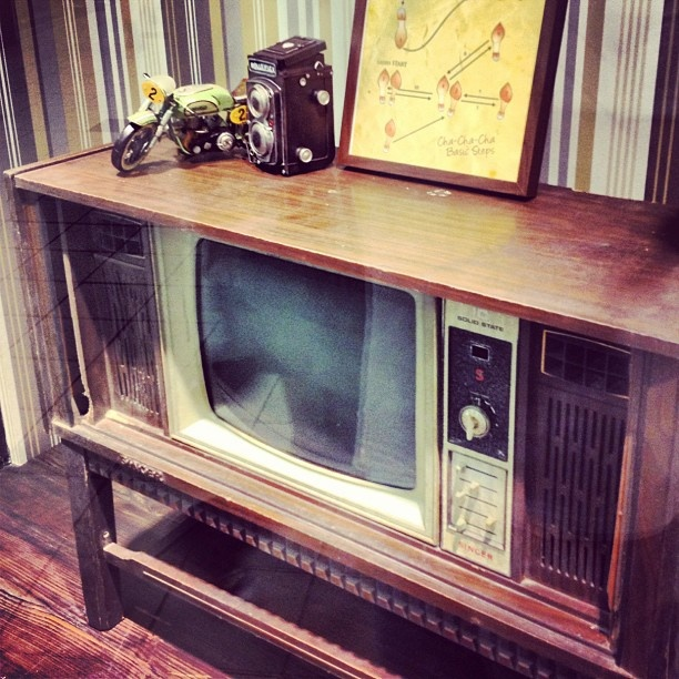 old view - @desmondteh- #webstagram #retro #television