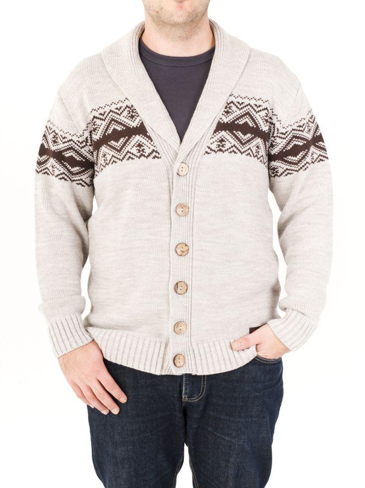 Chaqueta de punto para hombre estilo geométrico con cuello en forma de pico y cerrada con botones. La tenemos en 4 colores, cómprala ahora y luce chaqueta.