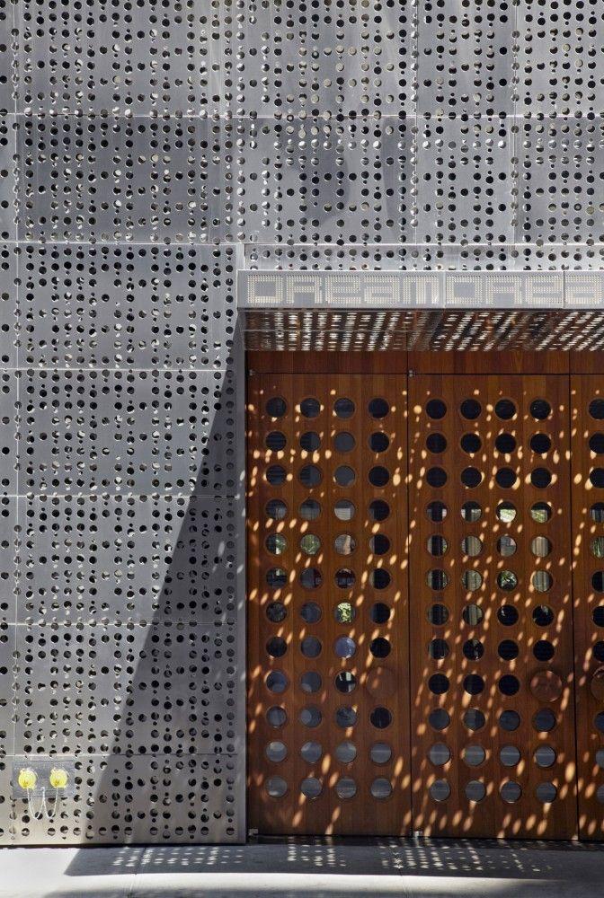 Dream Downtown Hotel / Handel Architects