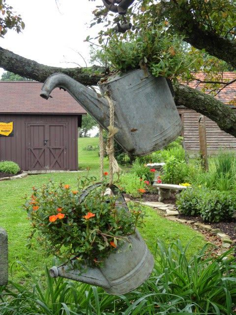 Rustic garden decor ideas images for Country garden ideas