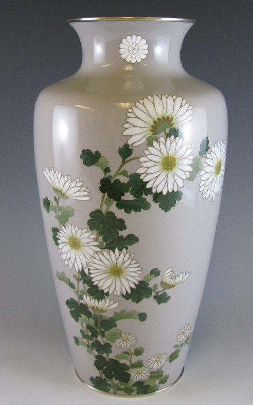 Imperial presentation Ando Cloisonné Vase with Kiku