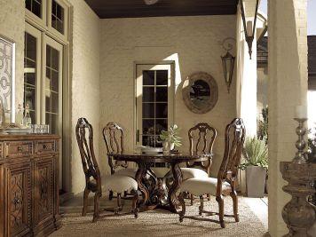 Escalara Round Pedestal Dining Room Set