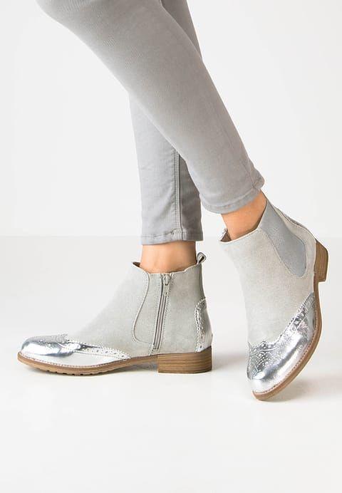 Diese Stiefelette ist ein absoluter Hingucker. Tamaris Ankle Boot - grey für 63,95 € (04.01.17) versandkostenfrei bei Zalando bestellen.