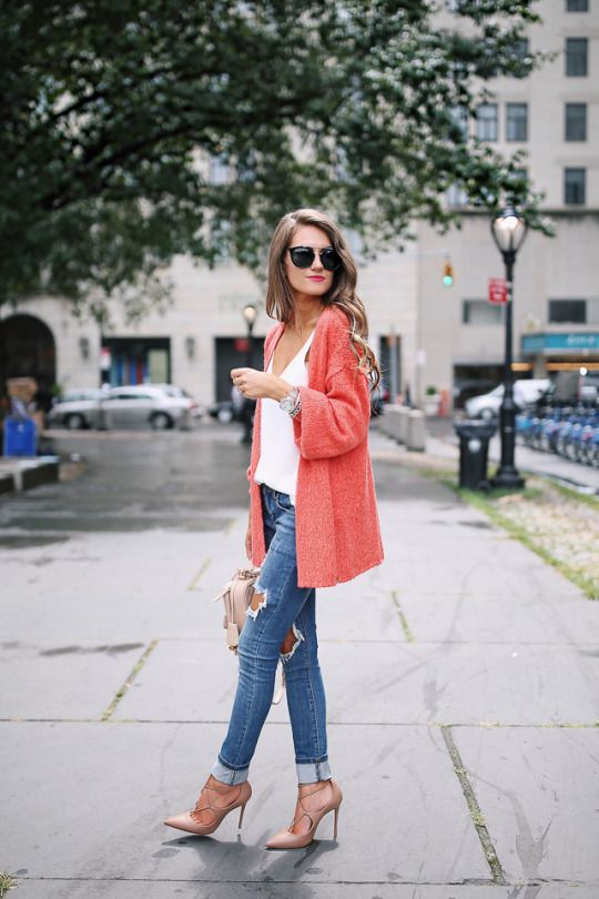 Love this casual chic look! Find your Inspiration @ #DapperNDame Pinterest. dapperanddame.com