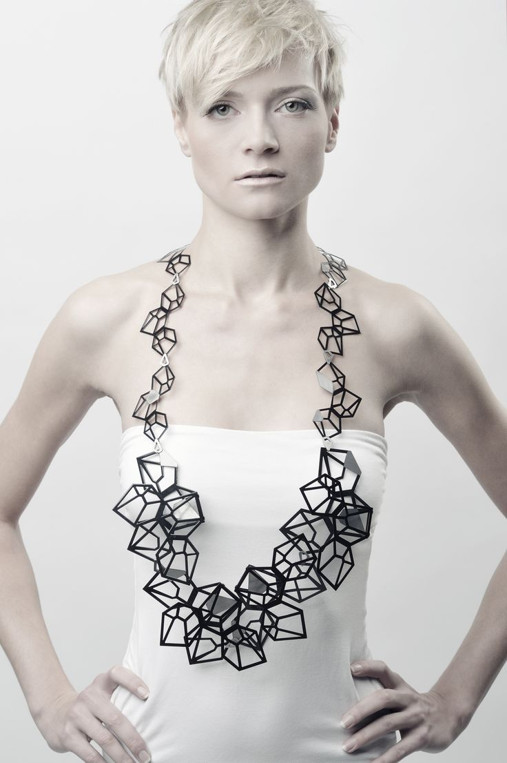 Geometric Necklace - art jewelry; contemporary jewellery design // Kim Friederich