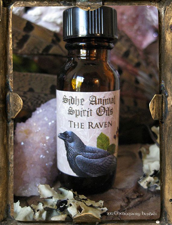 THE RAVEN Sidhe Animal Spirit Oil with Black by hedgefaeryherbals, $10.00