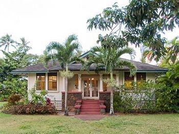 Kauai, Hawaii home. Oh to live there...