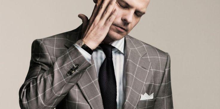 Uitgesproken persoonlijkheden kunnen hun opvallende jasje gerust combineren met minder voor de hand liggend overhemd en stropdas.