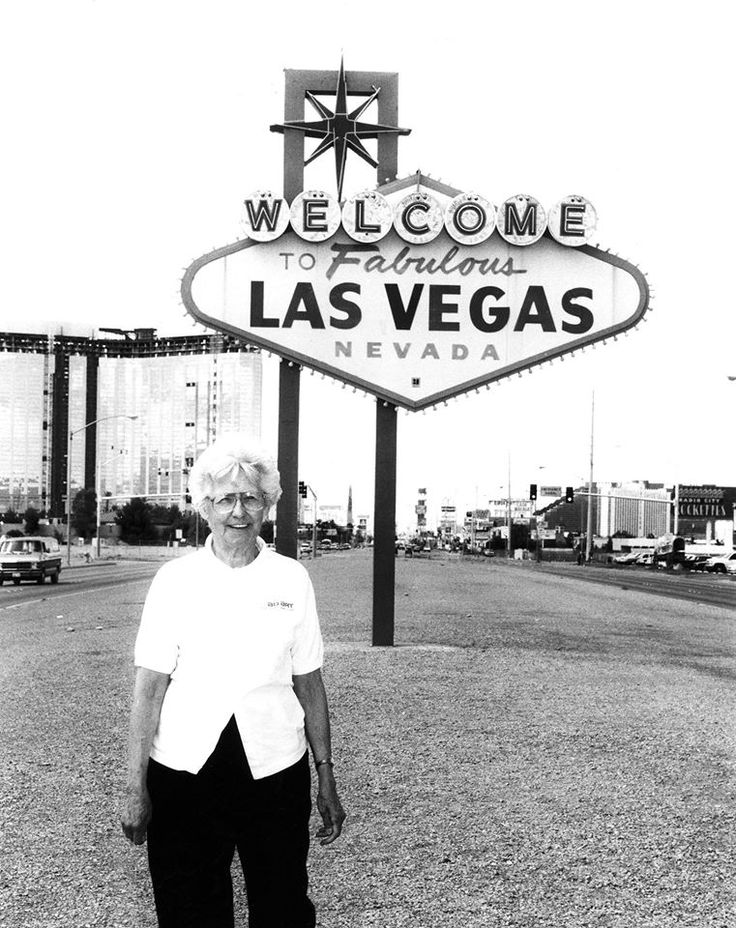 "Betty Willis, the American artist who created the famous ""Welcome to Fabulous Las Vegas"" sign (in 1959). (May 20, 1923 - April 19, 2015)."
