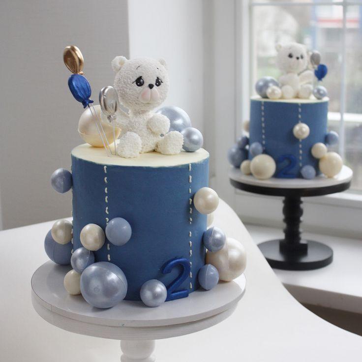 Cake by @nivskaya #babycake