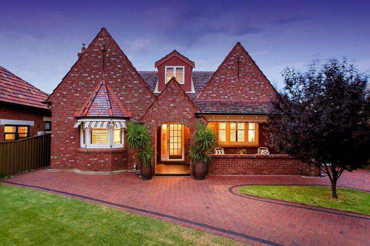 House Auction in Brighton - 9 Athelney Avenue, Brighton