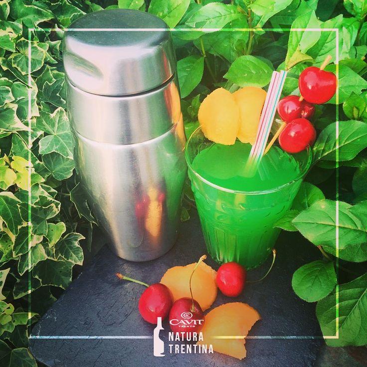 """Addolciamo l'estate con un buon Spumante SanVigilio Moscato Dolce che aggiunto ad un cocktail fresco rende questo periodo una """"Sweet Summer""""! http://bit.ly/MoscatoSweet"""