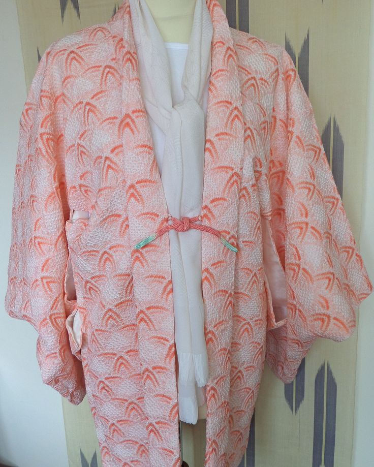 H167 SALE!Japanese pure silk vintage haori jacket; Peach Sorbet!! Shibori ;hand made; soft; Hollywood/Deco/Wedding! Med/Lge by LizzieHuxtable on Etsy