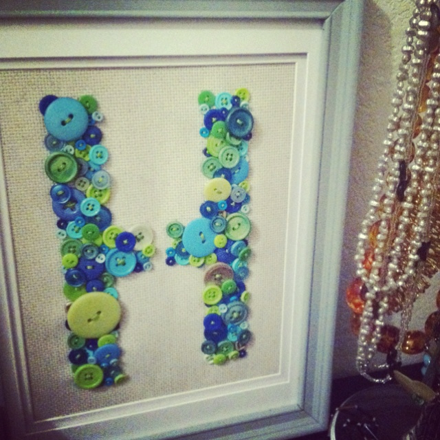 button initial sewn on burlap in re purposed frame buttons from michaels