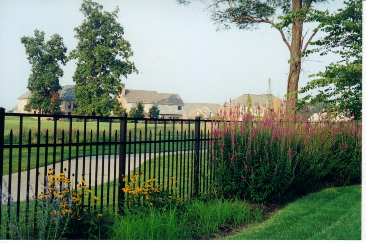 landscaping along fence hartsell brothers fence co inc on backyard fence landscaping id=47767