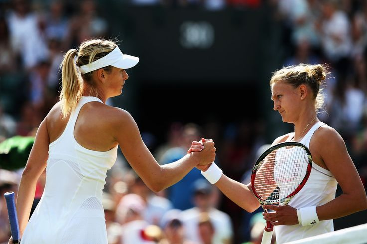 Maria Sharapova Photos: Wimbledon: Day 2