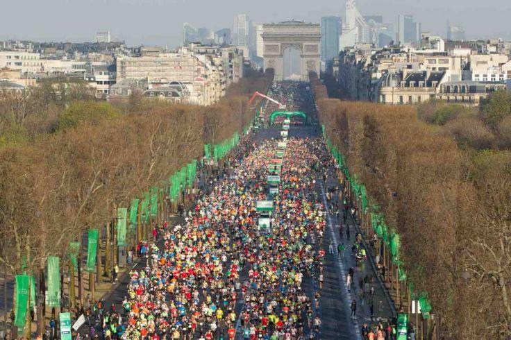EN IMAGES. Marathon de Paris : une 40e édition courue sous le soleil