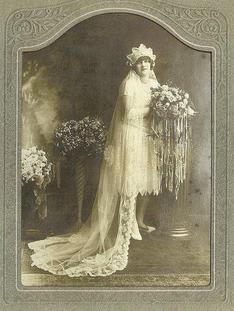 vintagephoto: Vintage Brides.