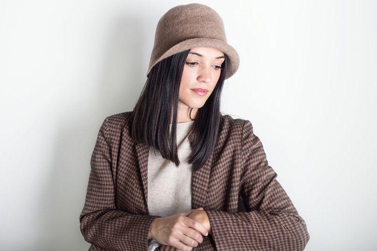 È arrivata la nuova collezione di cappelli MATURE HA. Da domani anche online su www.cuculab.it Cucù Lab Carpi (MO) - Via A.Garagnani 4/6/8 dal Lunedì al Sabato 9.30 - 13.00 • 16.00 - 19.30
