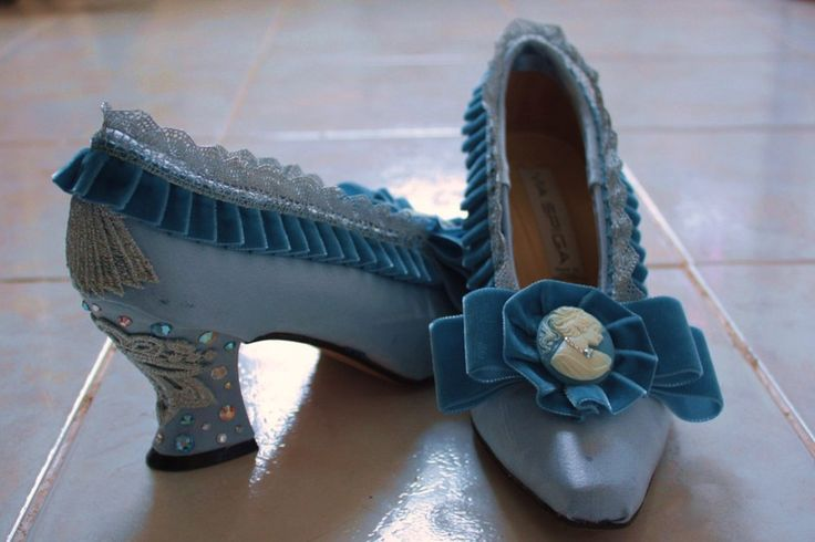 Rococo shoes, I don't like the fake jems on the heels