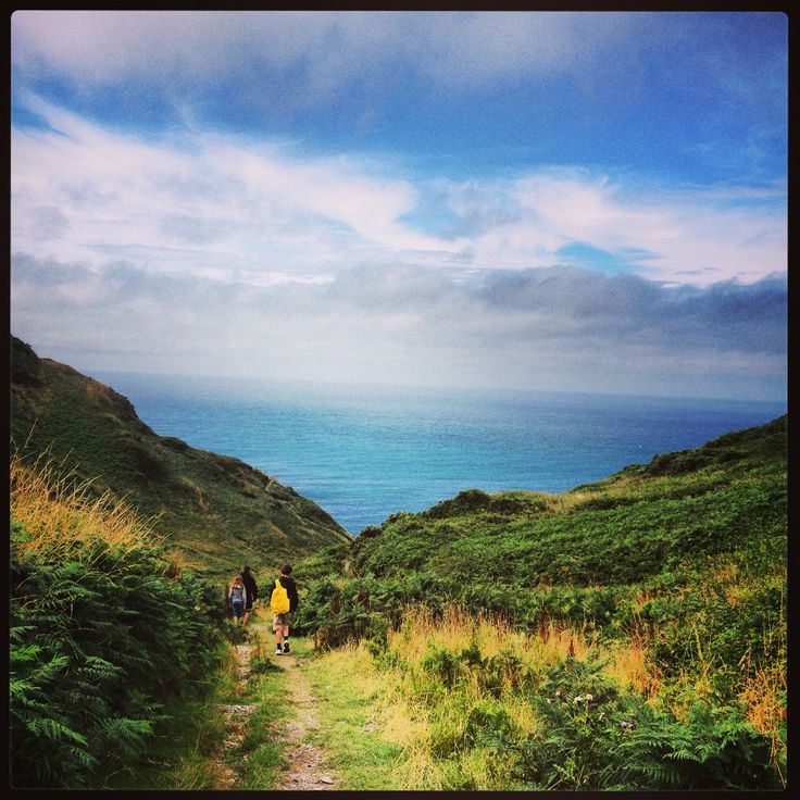 Walking over the cliffs from Mortehoe to Bullpoint Lighthouse.