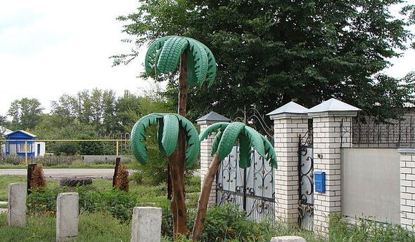 Palm Tree made From Tires | Gardening | Pinterest