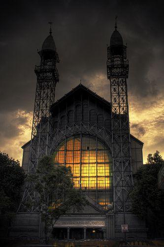 Museo Universitario del Chopo. Mexico City. Google Image Result for http://www.revistamilmesetas.com/wp-content/uploads/2010/07/chopo.jpg